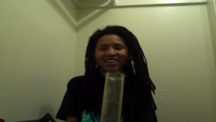 ANOTHER ROUND OF HOTBOX IN MY CLOSET (BONG RIPS) the420vlogs. EP 7 (13daystill420)