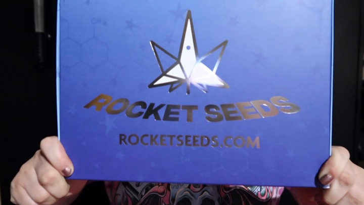 unbox rocketseeds box with me :)