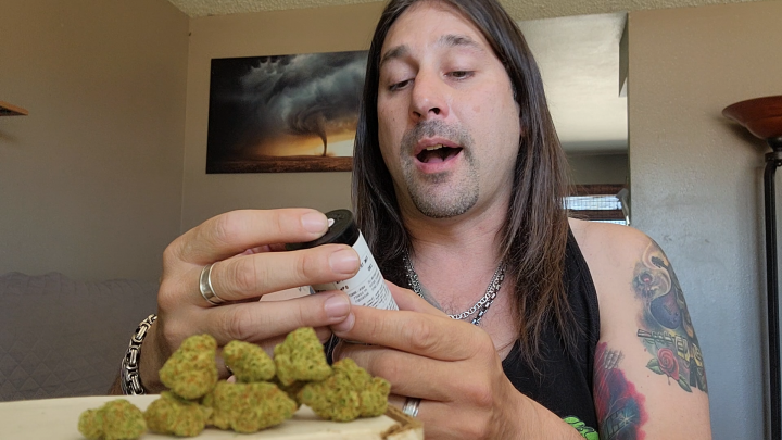 Dan's 420 Chronicles - Pie Face Weed / Flower Review [Live] in Pueblo 4/30/21