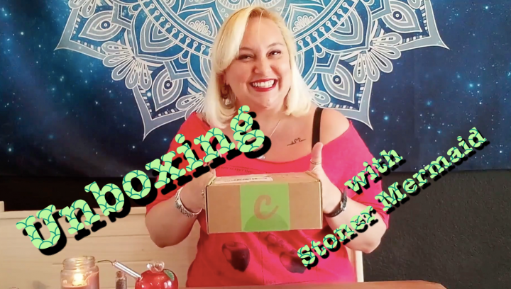 Unboxing with Stoner Mermaid - Cannabox June 2021