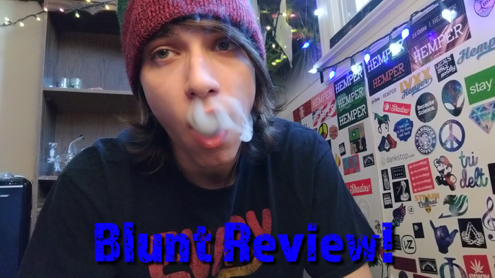 Blunt rolling tutorial/review white russian!!