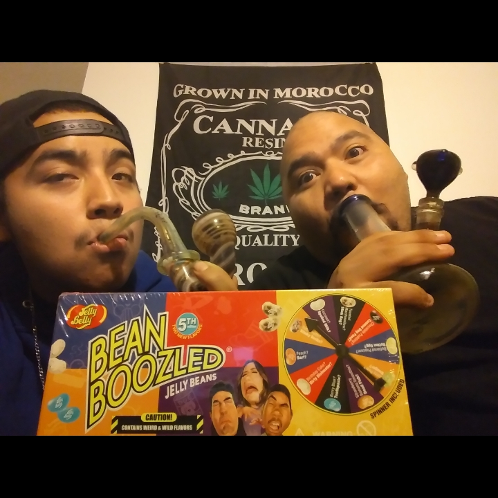 stoners try bean boozled challenge!! (WAIT TILL THE END)