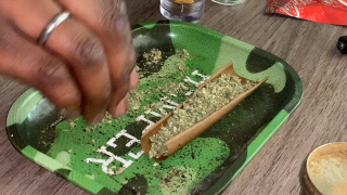 How to/ Roll a twax blunt with me!!