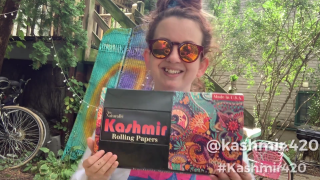 Unboxing Video: Gravy.Giggles Ft. Kashmir Rolling Papers