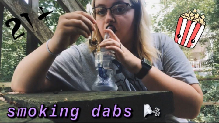 MY FIRST (kinda) VLOG !!! | doing dabs on a nice day on the porch