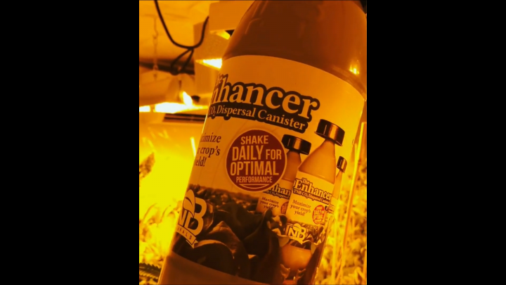 Vancouver Island Hydroponics The Enhancer from TNB Naturals #tnb #tnbnaturals #co2 #maximize #crop