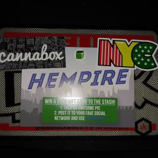 Unboxing Septembers cannabox !!