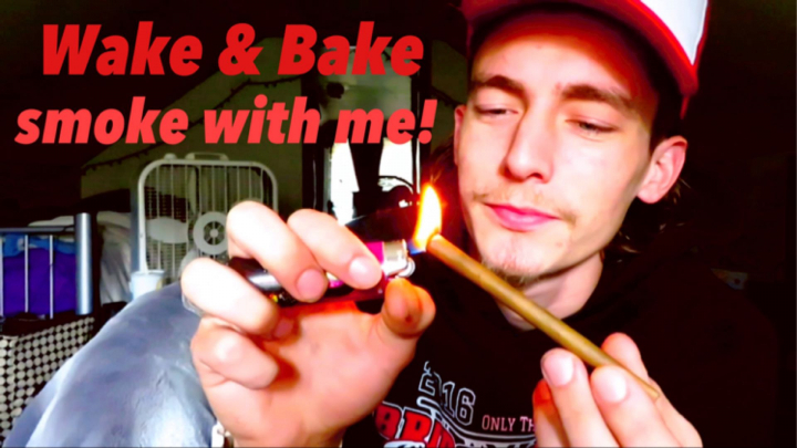 Wake & Bake - Blunt Session - Smoke With Me!