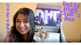 Unboxing September's Daily High Clubs Box