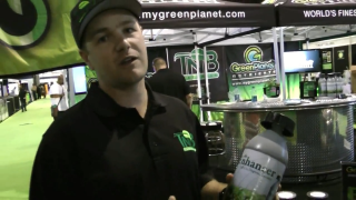 Remo at the Vancouver Health Expo talking about The Enhancer CO2 generator
