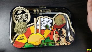 How To Roll A MoonRock Joint   BammerTV