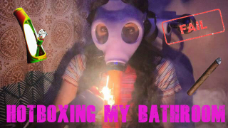 Hot Boxing My Bathroom EPIC FAIL|What's In My Stash Bag| Bakedbeauty420