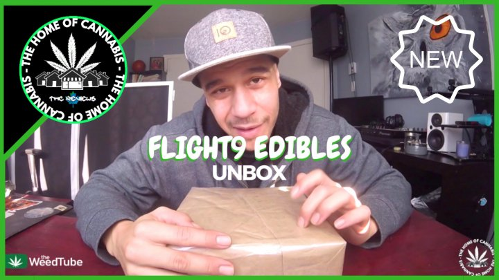 WHAT'S IN THE BOX? (FLIGHT9 EDIBLES UNBOX)
