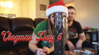 VLOGMAS DAY 6 - Gingerbread House Fail