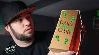 OPENING A $30 STONER MYSTERY BOX!!! | DAILY HIGH CLUB UNBOXING