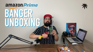 CHUCKIE FUEGO DABS AND UNBOXES A QUARTZ BANGER FROM AMAZON PRIME
