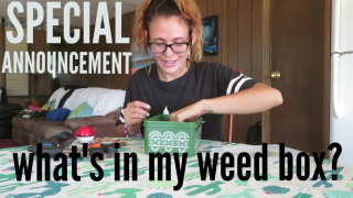 What's in my weed box // SPECIAL ANNOUNCEMENT