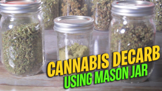 Decarb with Mason Jar: How to tighten mason jar for weed decarboxylation || Decarb Weed in Jar