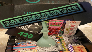 First Happy Blaze Box Reveal! [Reefer Girl Box]