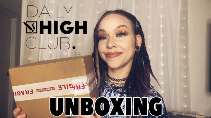DAILY HIGH CLUB UNBOXING | JUNE BOX