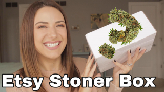 UNBOXING AN ETSY STONER MYSTERY BOX!